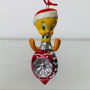 2002 Tweety Hallmark Christmas Ornament